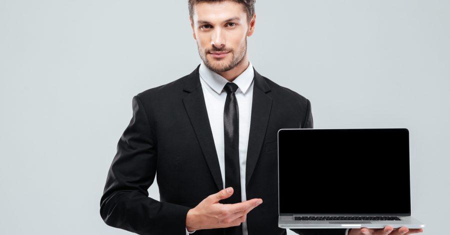 Jak powinien wyglądać mężczyzna podczas rozmowy o pracę?